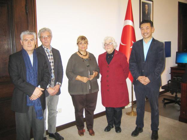 OJCM condoleancebezoek bij Turkse en Egyptische ambassade december 2016