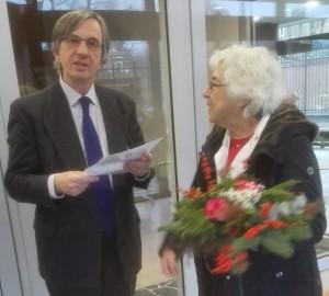 bloemen-voor-duitse-ambassade-dec-2016-ojcm-3